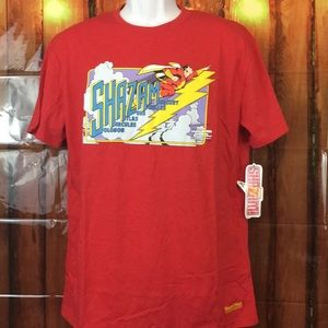 NWT🏷Worlds Finest•THE COLLECTIONS• SHAZAM TEE